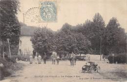 CPA 95 MARLY LA VILLE LA POMPE A EAU 1906 Animée, Très Vieille Automobile - France