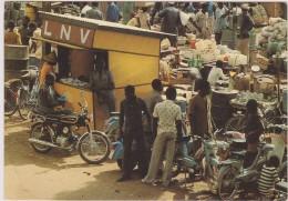 EX HAUTE VOLTA,AFRIQUE,BURKINA FASO,OUAGADOUGOU,terre Des Guerriers,OUAGADOUGOU,COMMERCANT,MARCHE - Burkina Faso
