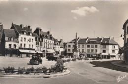 Cpsm - Gournay En Bray - La Place Nationale - - Gournay-en-Bray