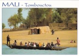 Mali Tombouctou Village Scene Natives In Dugout Canoe - Mali