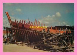 CPM BATEAU EN CONSTRUCTION - Pêche