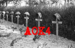Flandern Duinkerke Dunkerque Dunkirk 1940 Vormarsch Friedhof Heldengrab Soldatengrab Stahlhelm - War, Military