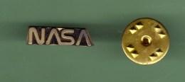 NASA *** Petit LOGO *** 0071 - Aerei