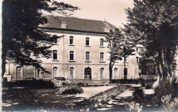 CPSM Petit Modele, Le Croisic, Sanatorium De Saint Jean De Dieu - Le Croisic