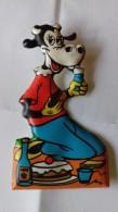 Figurina MIO LOCATELLI Plasteco Serie VACANZE IN MONTAGNA - N. 6 CLARABELLA Topolino Paperino Disney - Disney