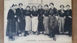 Douarnenez.un Groupe De Sardinieres. Coiffes Costumes Bretons.ELD N ° 21.rare - Douarnenez