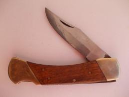 - Couteau - - Knives