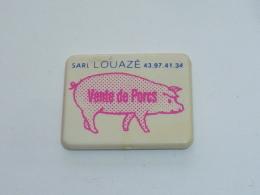 Pin's COCHON, LOUAZE, VENTE DE PORC - Animals