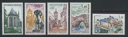 FRANCE      Série Touristique    N° Y&T   1683  à  1687    ** - France