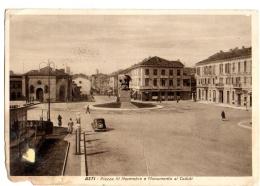 ASTI - PIAZZA IV NOVEMBRE - ANIMATA MACCHINA CAR DISTRIBUTORE BENZINA SHELL - VG 1940 FG - C628 - Asti