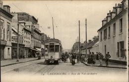 50 - CHERBOURG - RUE VAL DE SAIRE - TRAMWAY - Cherbourg