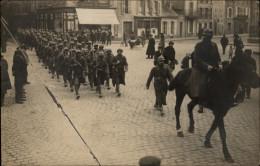 50 - CHERBOURG - CARTE PHOTO - MILITARIA - SOLDATS - - Cherbourg