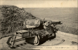 50 - CHERBOURG - ARSENAL - CANON - Cherbourg