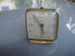 Réveil Fonctionne Bijou - Alarm Clocks