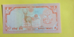 Népal : Billet 20 Rupees, Type Roi G. Bir Bikram - Nepal