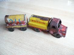 Tank-Lastzug Mit Anhänger (106) - Antikspielzeug
