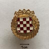 Badge (Pin) ZN002338 - Military (Army) Police War Insignia Croatia (Hrvatska) - Militaria