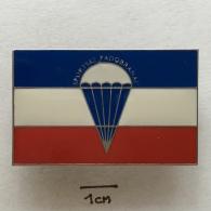 Badge (Pin) ZN002346 - Parachuting (Fallschirmspringen) Yugoslavia - Parachutting