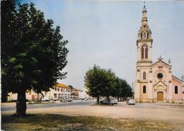 Le Teich Place Eglise - Autres Communes
