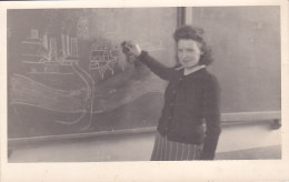 Montegnée  (institutrice Au Tableau..., Carte-photo) - Saint-Nicolas