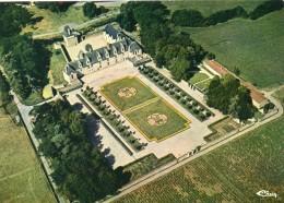 Haute-Goulaine.. Belle Vue Aérienne Le Château De Goulaine - Haute-Goulaine