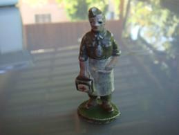 Quiralu  Militaire Infirmier - Quiralu