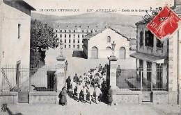 CARTE POSTALE ORIGINALE ANCIENNE : AURILLAC  ENTREE DE LA CASERNE DELZONS  ANIMEE  CANTAL (15) - Aurillac
