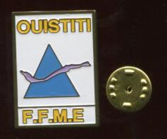 Pin´s - FFME OUISTITI Fédération Française De Montagne Et D'escalade - Other