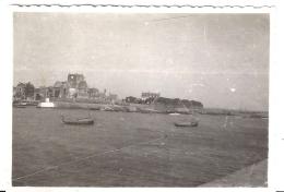 BARFLEUR  1947   Vue Sur Le Port Et Les Bateaux   8X6CM - Orte