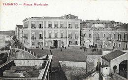 Tarente - Piazza Municipio - Ufficio Revisione Stampa - Carte Non Circulée - Taranto