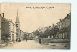 THIVIERS : Avenue De Périgueux, Cours Complémentaire De Jeunes Filles . 2 Scans. Edition Hirondelle - Thiviers