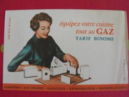 Buvard équipez Votre Cusine Au Gaz Tarif Binome. Vers 1950. - Buvards, Protège-cahiers Illustrés