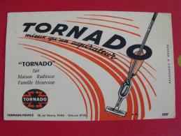 Buvard Aspirateur Tornado. Vers 1950 - Blotters