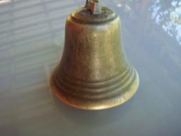 Cloche De Chevre Bronze Laiton  Atache A Resouder - Cloches