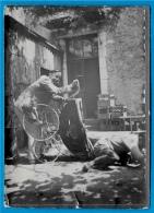 PHOTO Photographie - Scène Comique: Accident De Poussette (pour Rire) Aux Environs De Chenonceaux ° Humour - Unclassified