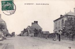 CPA (03) LE MONTET Route De Moulins - France