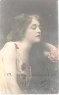 MARY DEBA AUTOGRAPHE SUR CARTE POSTALE DANCER TANZERIN BAILARINA 1900s 2 AUTOGRAPHES AU FRENT ET AU DOS RARISIME - Autogramme & Autographen