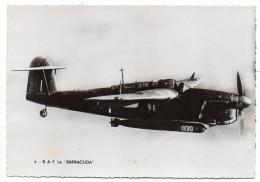 """Avion De Guerre- """"RAF  Le BARRACUDA  """" ,cpsm 15 X 10 N° 6  éd  Superluxe.......à Saisir - Avions"""