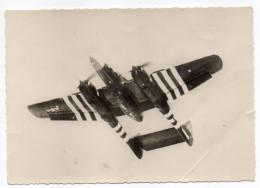 """Avion De Guerre-Le """"P-64  VEUVE NOIRE"""" Cpsm 15 X 10 N° 9 éd G.P Diffusé Par Photo-Presse-Libération..à Saisir - Avions"""