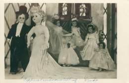 """Belgisch Bruidspaar - Internationale Poppententoonstelling """"Stichting 1940-1945"""" - Expositions"""