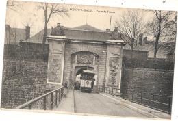 -54- LONGWY HAUT  Porte De France Et Le Tram TTB  Timbrée - Longwy