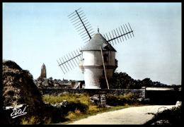 CPSM Moulin à Vent , BATZ SUR MER , Moulin De La Masse - Moulins à Vent