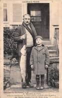 Landelles      28        Les As De La Pêche. Un Brochet De 14 Livres - Francia