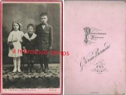 Grand CDV (Cabinet) Une Fratrie-beau Groupe D'enfants Endimanchés-photo G. Vernu-Bernard à Ars (Ain) - Fotos