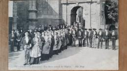 Lampaul. Une Noce Sortant De L'église.coiffes Costumes Bretons. Édition ND N ° 1351 - Lampaul-Guimiliau