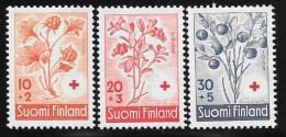 Finland, Scott # B151-3 Mint Hinged Berries, 1958 - Finland