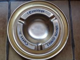 BRASSERIE - CENDRIER  -- UNION JUMET CUVEE DE L'ERMITAGE  --    Doré -blanc, Rond, Diamètre 19 Cm,  Métal - Cendriers