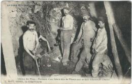 Gard : La Grand Combe : Extrémité D'une Galerie Dont Les Mineurs...Belle Carte Animée - La Grand-Combe