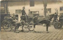 PIE-16 319 :  CARTE PHOTO. ATTELAGE CHEVAL CALECHE CARIOLE - Cartes Postales