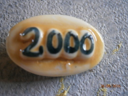 FEVE LIDL BRILLANTE AN 2000 - COULEUR JAUNE - Andere